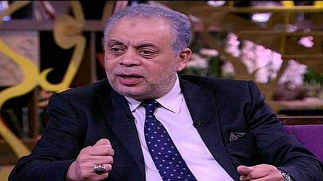 أشرف زكي: قدمت آمال ماهر في أول بطولة غنائية مسرحية لها بناء على ترشيح عمرو عبدالجليل